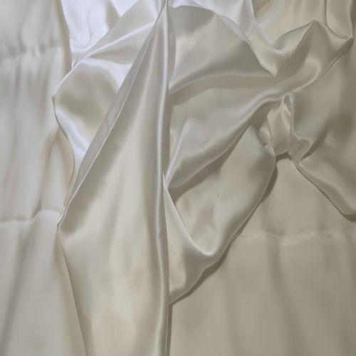 西北蚕桑基地真丝面料特价桑蚕茧丝纯色丝绸素绉缎真丝布料面料