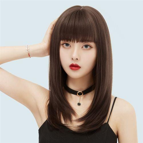 女生黑色发型