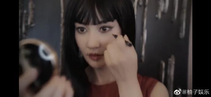 杨雪富江仿妆