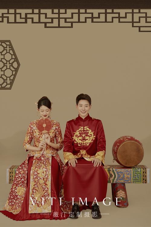被父母夸赞的中式工笔画婚纱照宁波