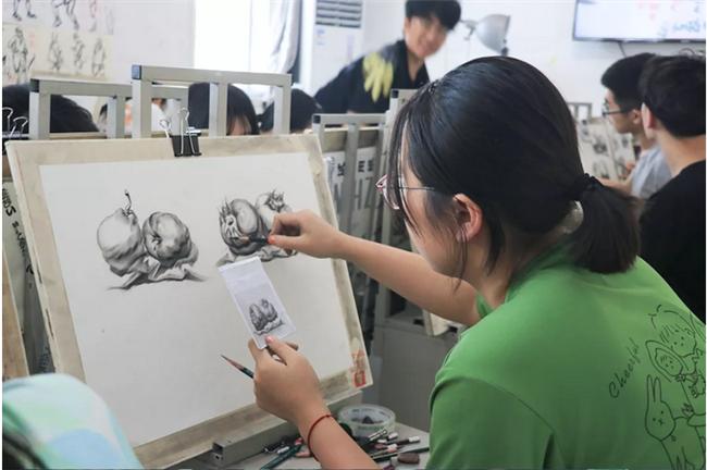 2022年济南美术培训画室-美术艺考培训